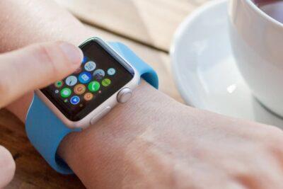 So sánh các phiên bản Apple Watch Series 2 3 4 nên mua loại nào