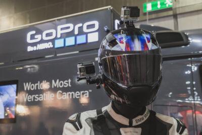 2 cách lắp camera hành trình cho xe máy quay góc rộng, ít bị rung