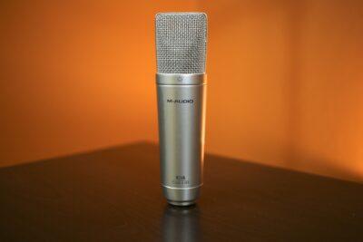 10 cách chọn micro hát karaoke hay nhất test chất lượng ngay tại chỗ