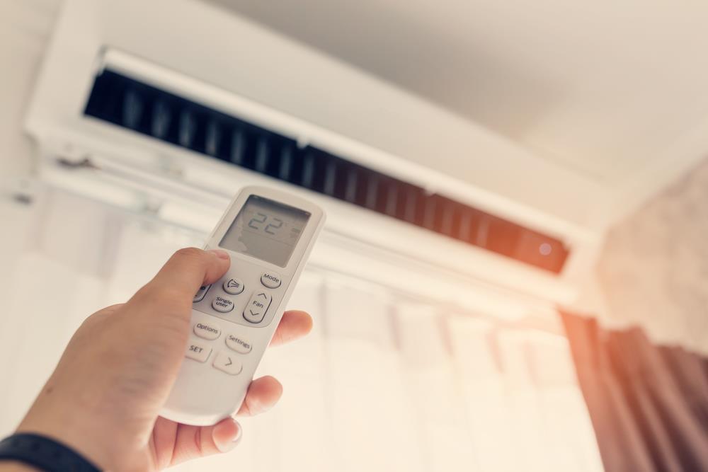 So sánh nên mua điều hòa 1 chiều hay 2 chiều để phòng đông ấm hè mát