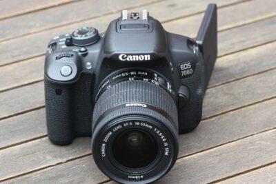 Top 13 máy ảnh Canon mới nhất hiện nay giá dưới 15tr chụp hình đẹp
