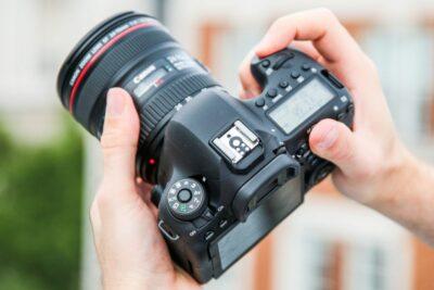Top 11 máy ảnh Canon chuyên nghiệp tốt nhất dễ sử dụng giá từ 10tr