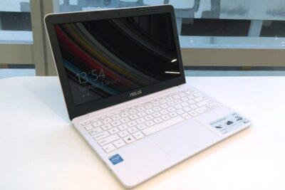Top 5 laptop Asus dưới 5 triệu cấu hình mạnh pin trâu cho sinh viên