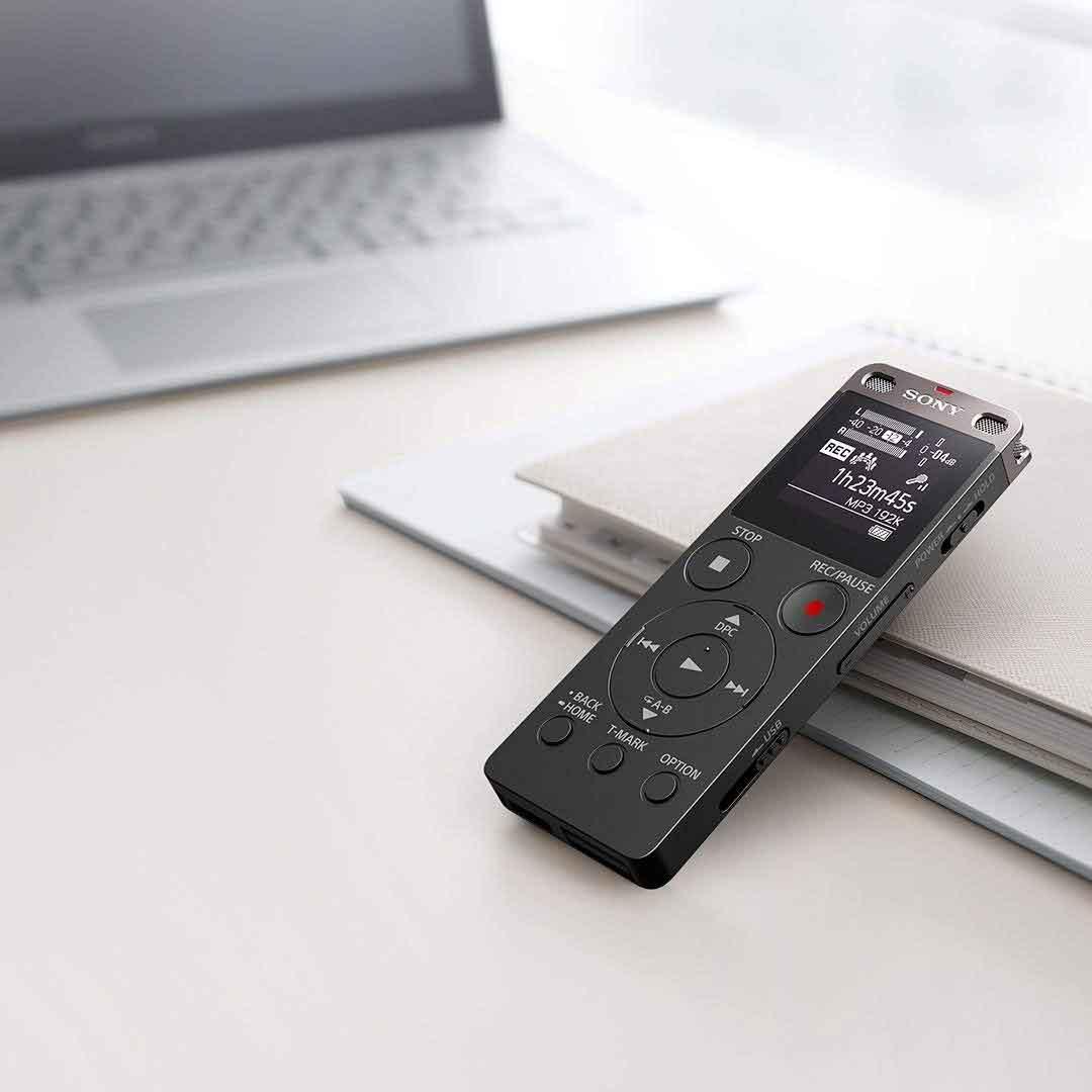 Sony UX UX560F dễ sử dụng với bộ nhớ lớn