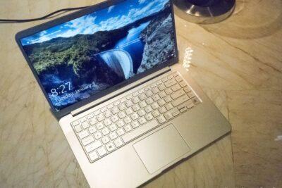 10 laptop Samsung 2020 tốt nhất mỏng nhẹ cấu hình mạnh giá từ 18tr