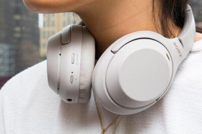 Đánh giá tai nghe Sony WH-1000XM3 có tốt không, giá bán, nơi mua