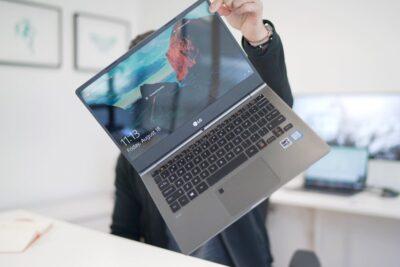 Đánh giá laptop LG Gram 2018 13ZD980 G.AX52A5: Cấu hình, Giá bán