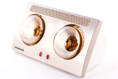 Đèn sưởi phòng tắm Sunhouse SHD3802 550W có tốt không, giá bán