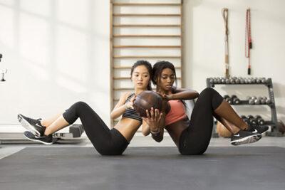 Khác nhau giữa giày thể thao luyện tập (training) và giày chạy bộ (running)