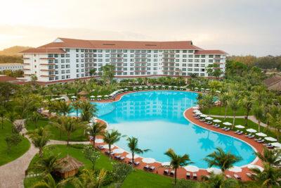 Kinh nghiệm đặt phòng khách sạn giá rẻ mùa du lịch