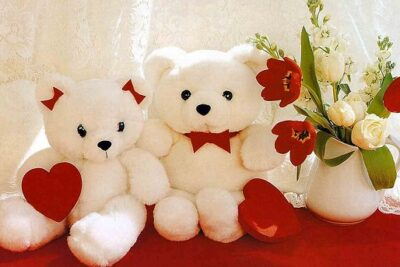 Valentine trắng tặng quà gì ấn tượng?
