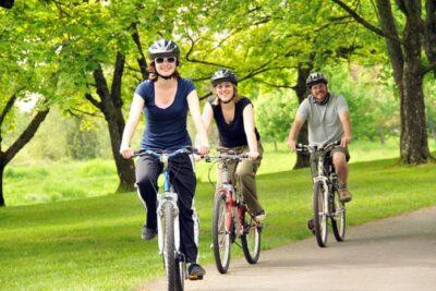 Lưu ý khi đi xe đạp đối với những người bị thoát vị đĩa đệm