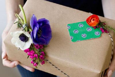 Những món quà 20/11 ý nghĩa chứa chan tình cảm dành tặng thầy cô