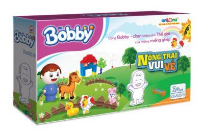 Bobby tặng bộ đồ chơi Nông trại vui vẻ cho bé