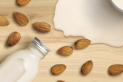 Nâng niu làn da khô và nhạy cảm với The Body Shop Almond Milk & Honey