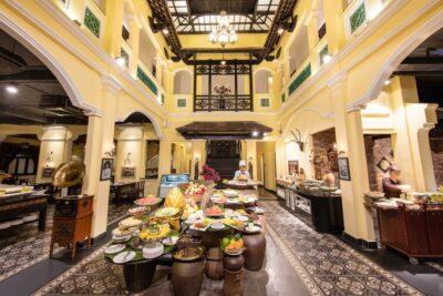 Buffet Sen – Nơi họp mặt quen thuộc của thực khách sành ăn tại Hà Nội