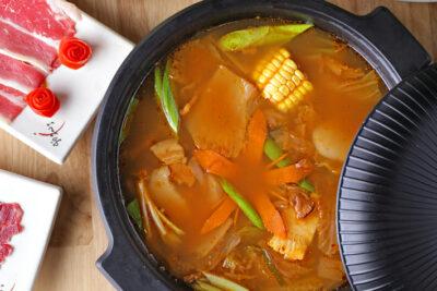 [TOP 5] Điểm đến để thưởng thức buffet trưa ngon, chất lượng với giá cực rẻ, dưới 200k tại Hà Nội
