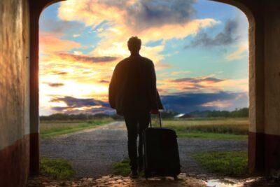 Kinh nghiệm đi du lịch 1 mình – Tuổi còn trẻ tại sao không?