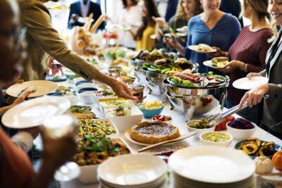 """""""Bỏ túi"""" các kinh nghiệm ăn buffet cho người mới đi lần đầu"""