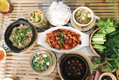 Lưu ngay top 6 nhà hàng buffet chay TPHCM ngon và rẻ tiêu biểu