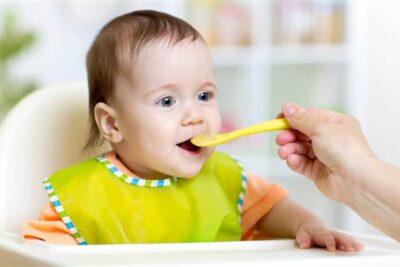 Có nên dùng bột lắc sữa cho bé từ 6 tháng tuổi no lâu chóng lớn