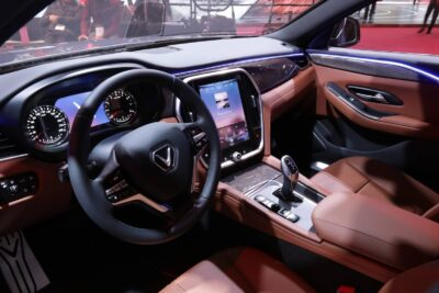 Giá xe VinFast SUV LUX SA2.0 cập nhật 2020 kèm khuyến mãi ưu đãi
