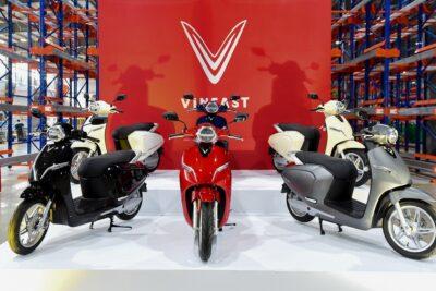 9 mẫu xe máy điện yên thấp ngồi rộng thoải mái chống nước giá từ 14tr