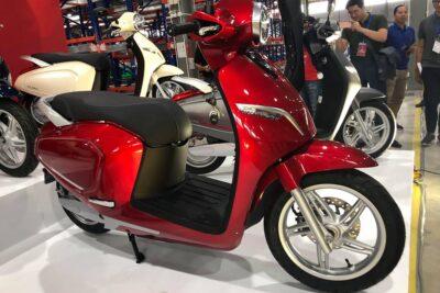 Bảng giá lăn bánh xe máy điện VinFast Klara cập nhật 2020 mới nhất