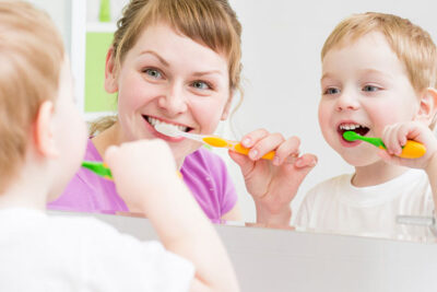 9 loại kem đánh răng cho bé 1 tuổi tốt nhất ngừa sâu răng viêm lợi