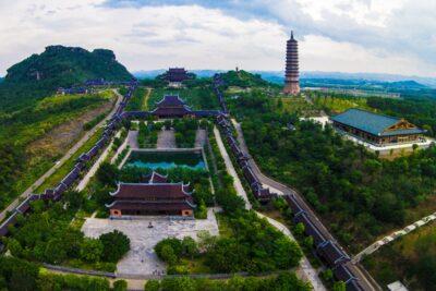 Kinh nghiệm sắm lễ đi chùa Bái Đính cầu may mắn, tài lộc và bình an
