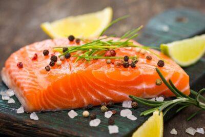 14 thực phẩm giúp tóc chắc khỏe giảm gãy rụng dưỡng óng mượt hiệu quả