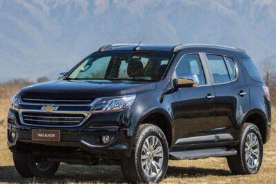 So sánh xe Chevrolet Trailblazer và Ford Everest 2019 nên mua loại nào