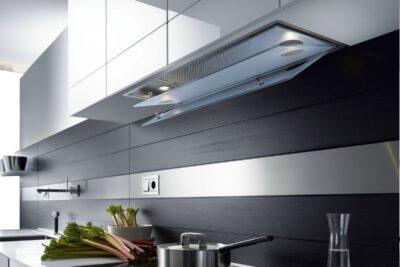 6 bước lắp máy hút mùi âm tủ nhà bếp đúng cách giảm tiếng ồn tối đa