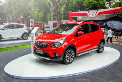 Top 11 xe ô tô 5 chỗ giá dưới 500 triệu tốt nhất dịp cuối năm 2020
