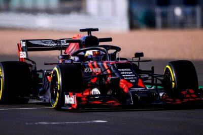 Thông số kỹ thuật xe đua đội Red Bull: Thiết kế, Động cơ, Kỳ vọng