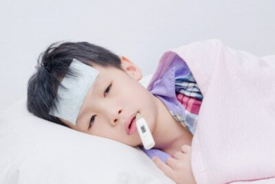 11 miếng dán hạ sốt Nhật Bản cho trẻ nhỏ, người lớn hiệu quả tức thì