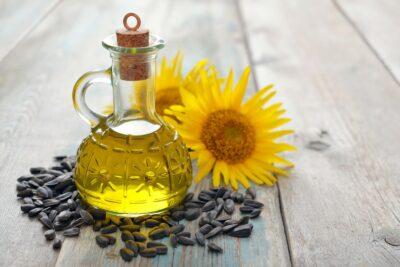 4 lý do dầu hướng dương là loại dầu ăn cần có trong mọi gia đình