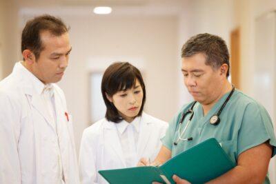 Review chữa ung thư ở Hàn Quốc có tốt không, nên chọn bệnh viện nào