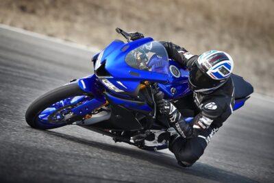 So sánh xe Yamaha R15 V3 vs Suzuki GSX R150 theo 6 tiêu chí đánh giá