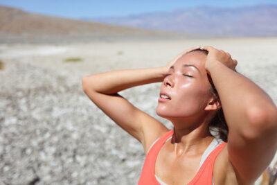 Biểu hiện triệu chứng say nắng nặng, nhẹ và cách khắc phục nhanh