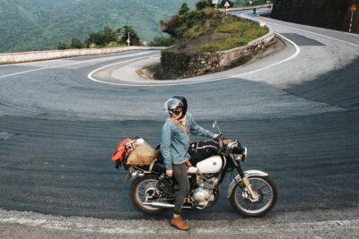 Kinh nghiệm phượt xuyên Việt bằng xe máy tự túc an toàn tiết kiệm nhất