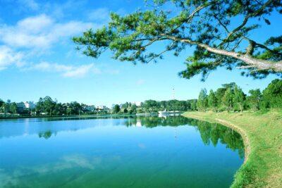 Review hồ Than Thở ở Đà Lạt: Địa chỉ, Sự tích, Giá vé, Chỗ chơi