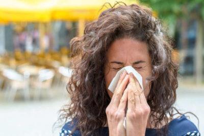 Viêm mũi dị ứng khi mang thai có sao không, dấu hiệu, cách điều trị