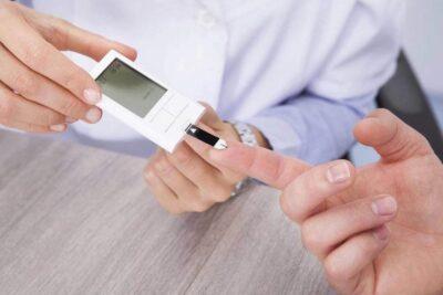 Bệnh tiểu đường có lây không, nguyên nhân, dấu hiệu, cách điều trị