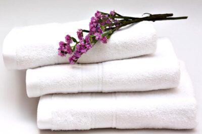 So sánh nước xả vải Comfort và Downy cái nào tốt hơn nên mua