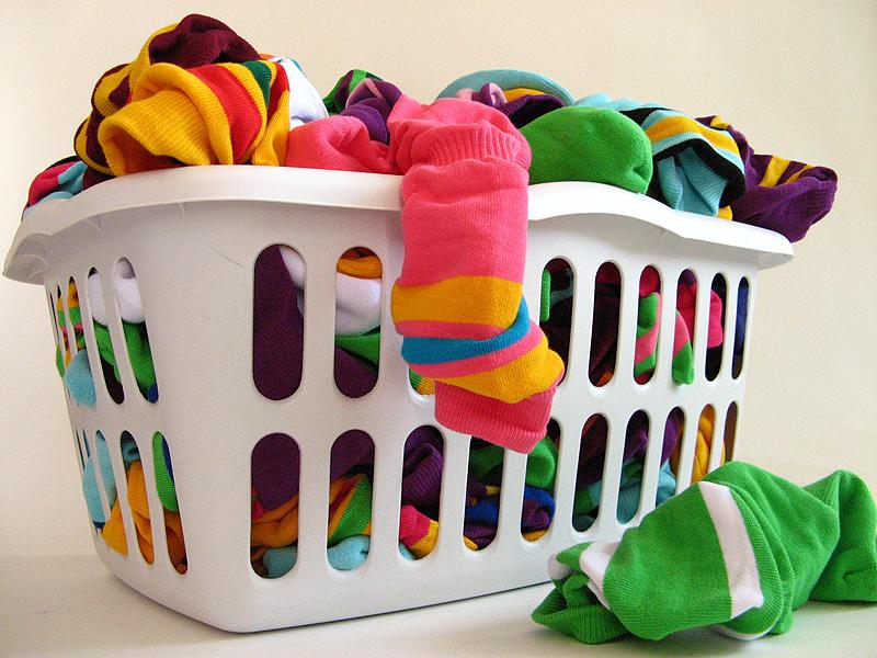 Bố mẹ nên dùng các loại nước xả vải cho trẻ sơ sinh khi giặt quần áo của bé
