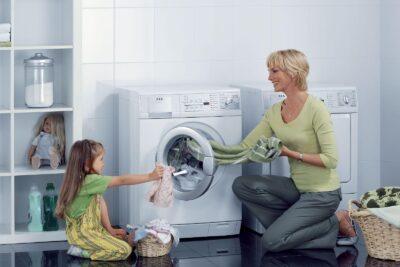 10 loại bột giặt dành cho máy giặt cửa ngang ít bọt nhẹ dịu an toàn
