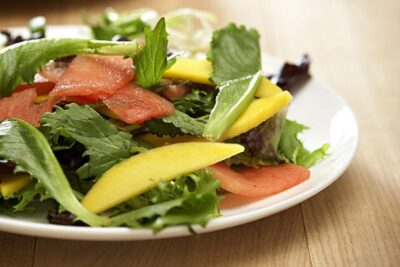 Bị trào ngược dạ dày nên ăn gì? 12 thực phẩm cải thiện bệnh cực tốt