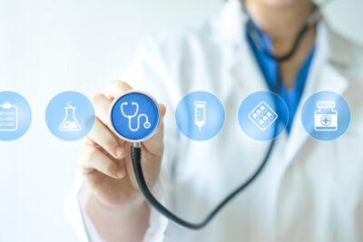 Quyền lợi điều trị trong bảo hiểm điều trị ngoại trú, nội trú là gì
