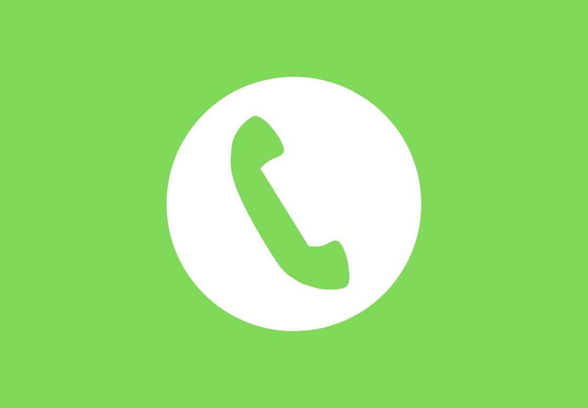 Gọi Hotline để tìm hiểu rõ các thông tin về bảo hiểm